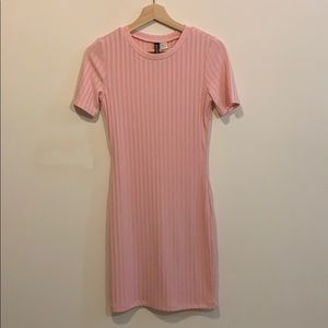 H&M Summer mini fitted t shirt dress Small size